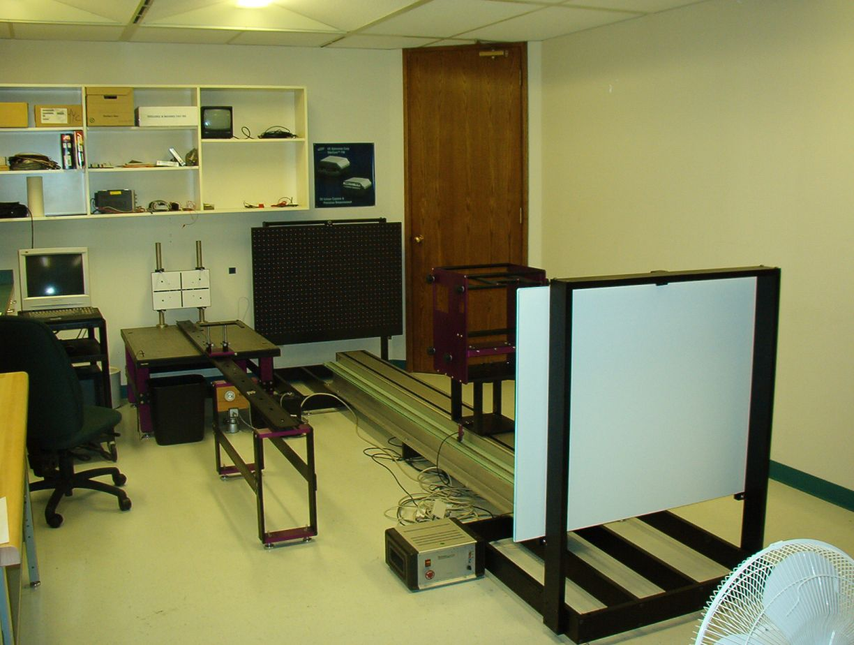 linear motion rail for calibrating a 3d camera